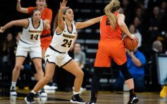 Women's basketball faces a former Hawkeye on Clemson's staff