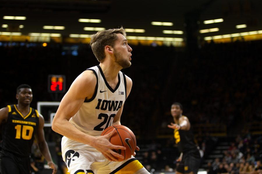 Iowa+forward+Riley+Till+prepares+to+shoot+the+ball+during+a+basketball+game+against+Kennesaw+State+University+on+Sunday%2C+Dec.+29%2C+2019+at+Carver+Hawkeye+Arena.+The+Hawkeyes+defeated+the+Owls%2C+93-51.+