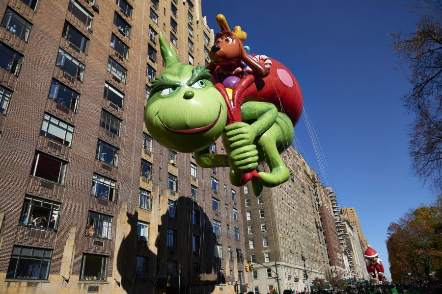 The+Grinch+balloon+floats+down+Central+Park+West+during+the+91st+Annual+Macy%26apos%3Bs+Thanksgiving+Day+Parade+on+Thursday%2C+Nov.+23%2C+2017+in+Manhattan%2C+N.Y.++%28James+Keivom%2FNew+York+Daily+News%2FTNS%29