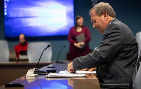 Regents sign $1.1 billion UI Utility System public/private partnership
