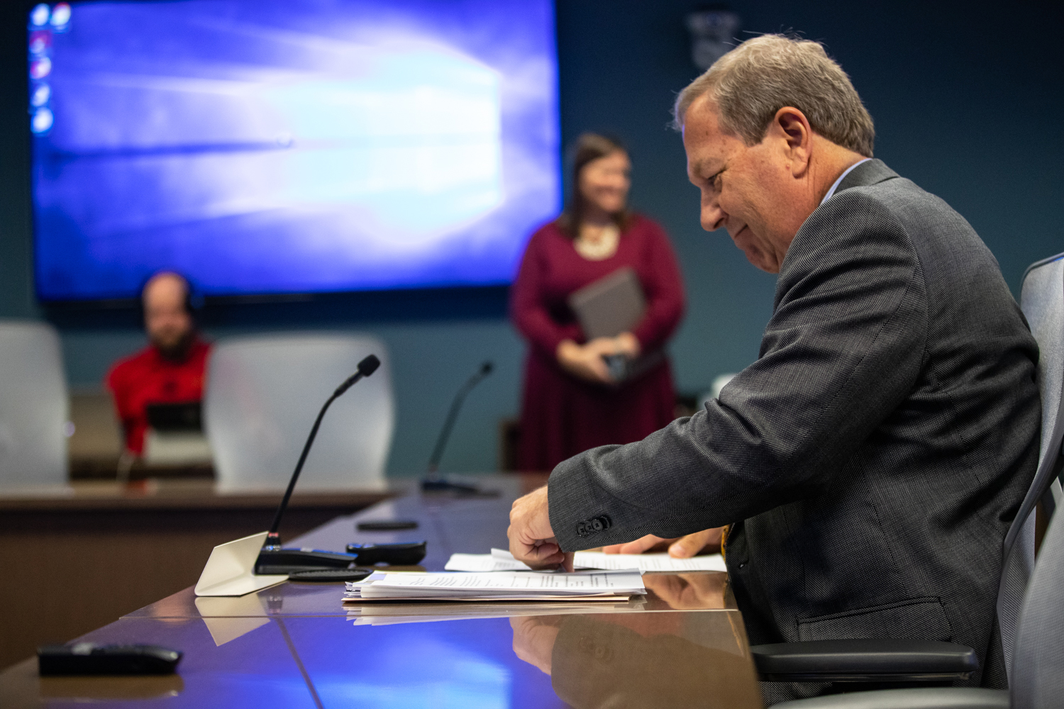 University of Iowa President Bruce Harreld prepares to speak to the state Board of Regents at a meeting in Urbandale on Tuesday, December 10, 2019. The regents voted unanimously to pass the public/private partnership.