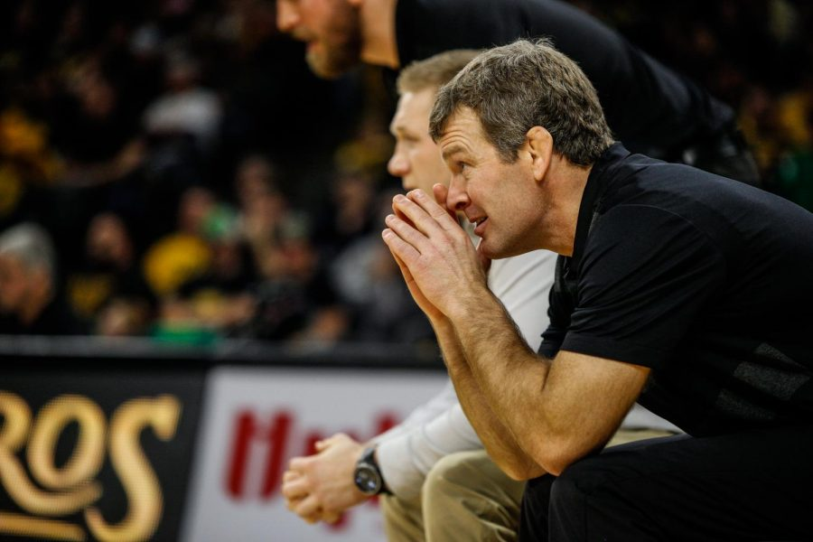 Tom Brands leads through accountability in the Iowa wrestling room