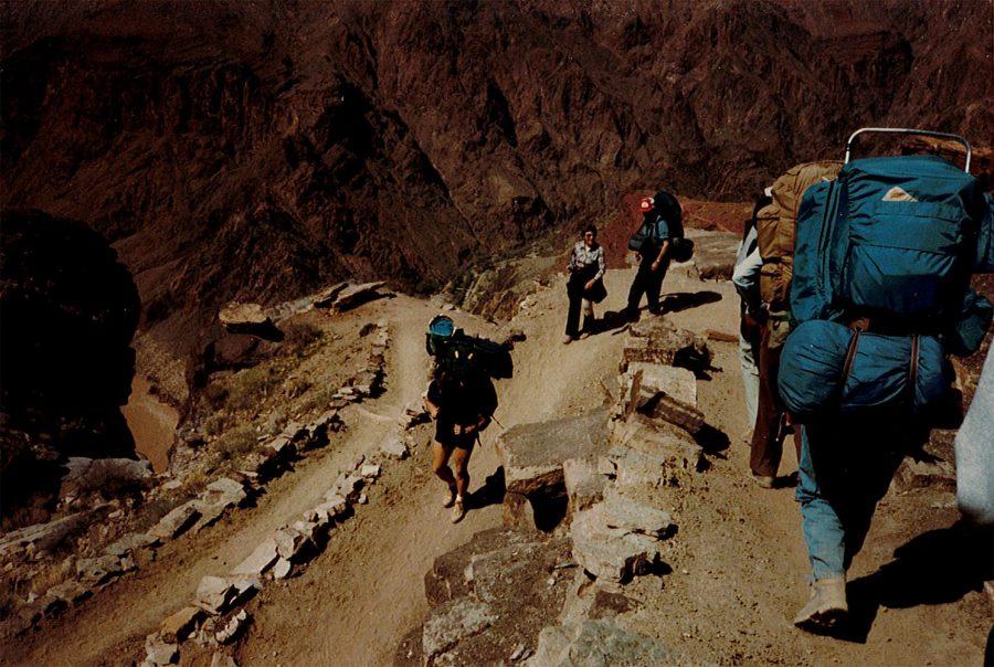 Grand+Canyon_March+1985_Jim+Ebert+leads+hike+down