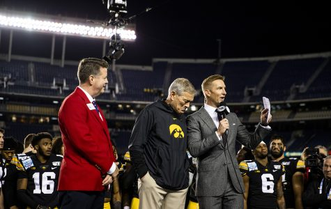 Iowa honors Hayden Fry during and after Holiday Bowl win
