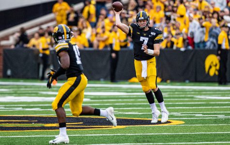 Petras enters 2020 as favorite for starting quarterback