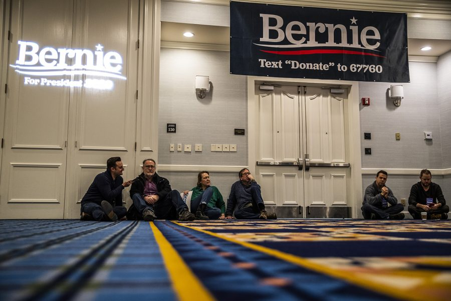 Attendees+wait+for+the+arrival+of+Sen.+Bernie+Sanders%2C+I-Vt.%2C+during+the+Iowa+City+Climate+Rally+at+the+Graduate+hotel+on+Sunday%2C+January+12%2C+2020.+Sanders+discussed+his+climate+policies%2C+the+impact+of+climate+change%2C+the+Green+New+Deal%2C+and+the+dangers+of+climate+inaction+in+the+government.