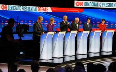 Presidential hopefuls make final pitches to Iowans 20 days out from caucuses in Democratic debate