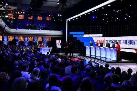 Iowa Democrats react to health insurance, jobs topics in 2020 presidential debates