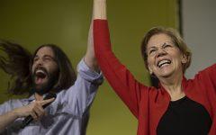 Jonathan Van Ness brings star power to Iowa for Elizabeth Warren