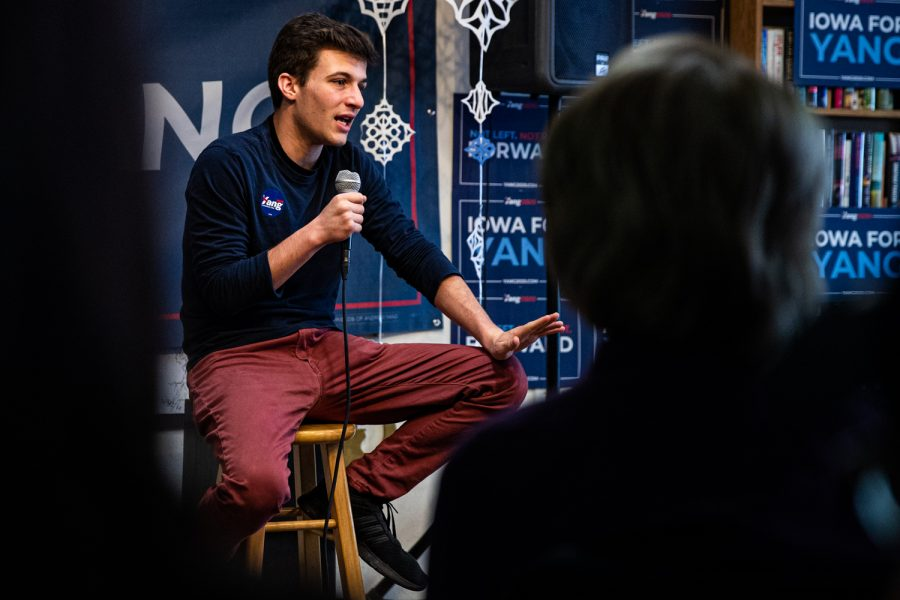 Activist and organizer of March for our Lives Cameron Kasky speaks at Uptown Bill in Iowa City on Saturday, Jan. 11, 2020. Kasky endorsed Andrew Yang for the democratic presidential nominee.