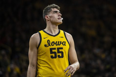 Luka Garza named Kareem Abdul-Jabbar Center of the Year
