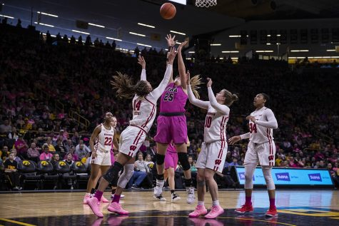 Women's basketball knocks off Indiana in double overtime