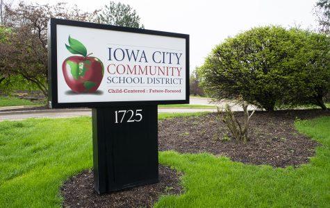 Iowa City schools help paint a portrait of a graduate through program to improve students' post-education skills
