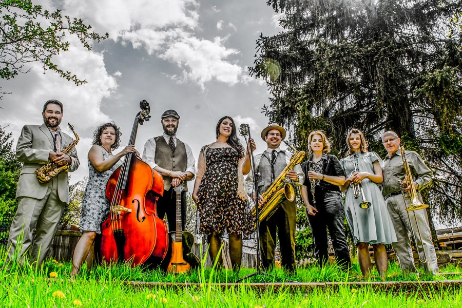 Iowa City Dandelion Stompers to celebrate Mardi Gras with show at the Mill