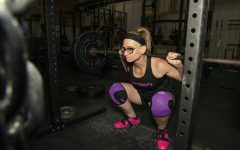 Iowa City grandmother deadlifts 151.5 kilos to break national record