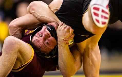 Murin, DeSanto return to propel Hawkeyes past Minnesota
