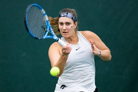 Iowa tennis aims to bounce back