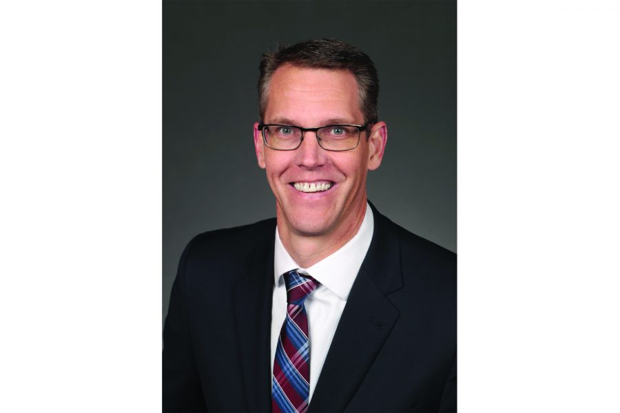 Randy Feenstra ousts Steve King, clinches Republican party nomination for 4th District