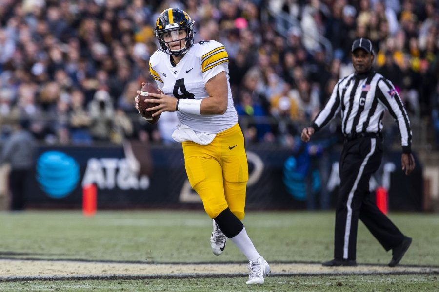 Iowa+quarterback+Nate+Stanley+prepares+to+throw+a+pass+during+the+Iowa%2FPurdue+game+at+Ross-Ade+Stadium+in+West+Lafayette+on+Saturday%2C+November+3%2C+2018.+The+Boilermakers+defeated+the+Hawkeyes%2C+38-36.+%28Lily+Smith%2FThe+Daily+Iowan%29