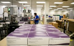 Unisex collection kits are packaged for distribution at the Hologic Inc. plant on June 17, 2019, in San Diego. Hologic is the first in the U.S. to win FDA approval to test for mycoplasma genitalium, a bacteria of growing concern nationwide. (Sam Hodgson/San Diego Union-Tribune/TNS)