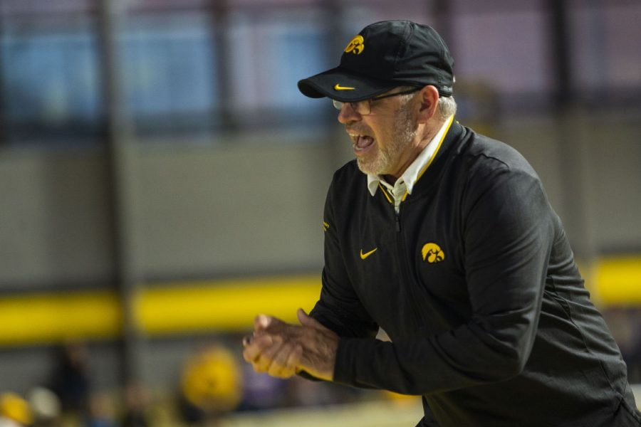 Iowa+associate+head+coach+Randy+Hasenbank+cheers+on+3000m+runners+during+the+Hawkeye+Invitational+at+the+University+of+Iowa+Recreation+Building+on+Saturday%2C+Jan+11%2C+2020.+