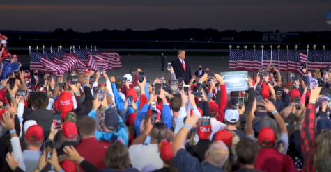 Film: President Trump Rally in Des Moines