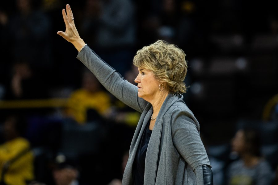 Iowa+head+coach+Lisa+Bluder+calls+a+formation+during+a+women%27s+basketball+match+between+Iowa+and+Indiana+at+Carver-Hawkeye+Arena+on+Sunday%2C+Jan.+12%2C+2020.+The+Hawkeyes+defeated+the+Hoosiers%2C+91-85%2C+in+double+overtime.