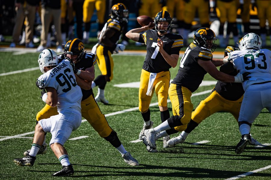 Iowa+quarterback+Spencer+Petras+attempts+a+pass+during+a+football+game+between+Iowa+and+Michigan+State+in+Kinnick+Stadium+on+Saturday%2C+Nov.+7%2C+2020.+The+Hawkeyes+dominated+the+Spartans%2C+49-7.+