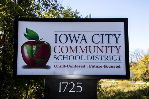 Iowa City Community School District sign 1725 North Dodge St.. As seen on Thursday, Oct.15, 2020.