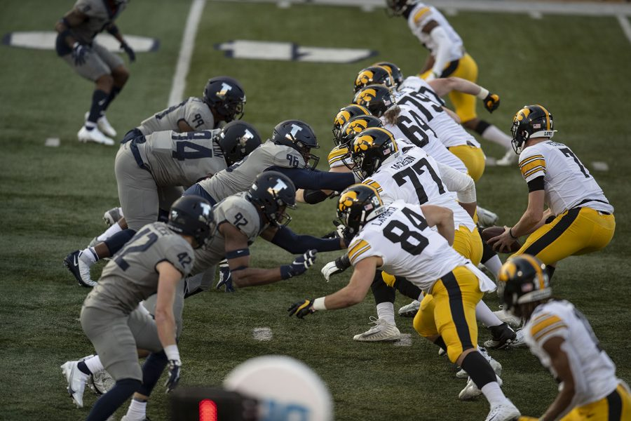 The+line+of+scrimmage+is+seen+during+the+second+quarter+of+the+Iowa+v.+Illinois+football+game+at+Memorial+Stadium+on+Saturday%2C+Dec.+5%2C+2020.+Iowa+defeated+Illinois+with+a+score+of+35-21.