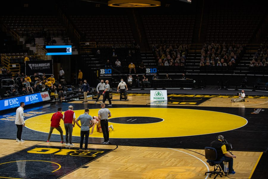 Iowa%E2%80%99s+149-pound+Max+Murin+grapples+with+Nebraska%E2%80%99s+Brock+Hardy+during+a+wrestling+dual+meet+between+No.+1+Iowa+and+No.+6+Nebraska+at+Carver+Hawkeye+Arena+on+Friday%2C+Jan.+15%2C+2021.+No.+8+Murin+defeated+No.+20+Hardy++by+decision%2C+6-2%2C+and+the+Hawkeyes+defeated+the+Cornhuskers%2C+31-6.