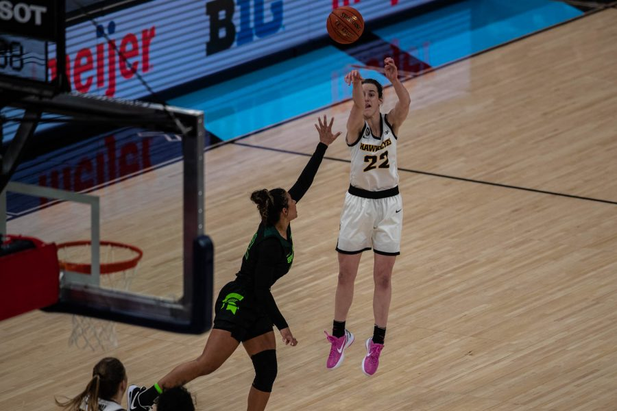 Iowa+Guard+Caitlin+Clark+%2822%29+takes+a+shot+during+a+semifinal+game+of+the+Big+Ten+women%E2%80%99s+basketball+tournament.+Iowa%2C+ranked+No.+6%2C+took+on+No.+7+seeded+Michigan+State+in+Indianapolis+at+the+Bankers+Life+Fieldhouse+Friday+afternoon.+The+Hawks+beat+the+Spartans%2C+87-72%2C+advancing+the+Hawks+to+take+on+Maryland+Saturday+in+the+Big+10+finals.+%28Kate+Heston%2FThe+Daily+Iowan%29