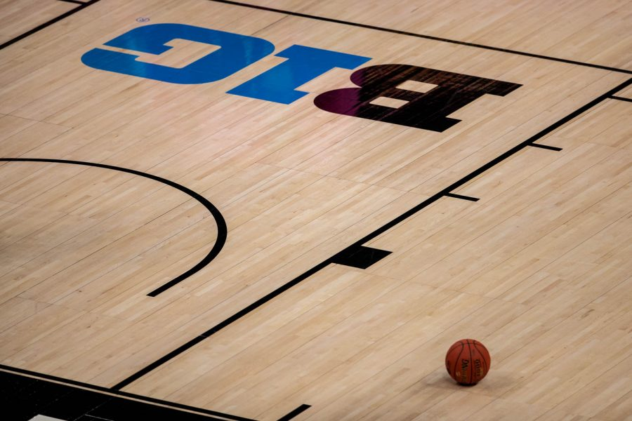 The+Big+Ten+logo+and+a+basketball+are+seen+during+a+semifinal+game+of+the+Big+Ten+women%E2%80%99s+basketball+tournament.+Iowa%2C+ranked+No.+6%2C+took+on+No.+7+seeded+Michigan+State+in+Indianapolis+at+the+Bankers+Life+Fieldhouse+Friday+afternoon.+The+Hawks+beat+the+Spartans%2C+87-72%2C+advancing+the+Hawks+to+take+on+Maryland+Saturday+in+the+Big+10+finals.