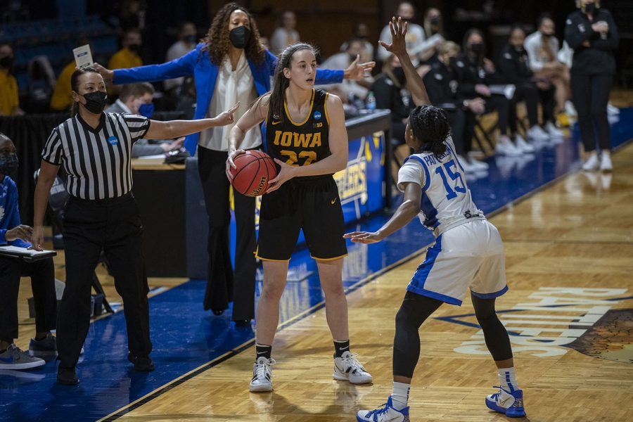 Iowa guard Caitlin Clark looks to pass the ball during the second round of the NCAA women's basketball championship against No. 4 Kentucky on Tuesday, March 23, 2021 at the Bill Greehey Arena at Saint Mary's University in San Antonio, Texas. The Hawkeyes defeated the Wildcats, 86-72. No. 5 Iowa will go on to play the winner of tonight's 8 p.m. game between No. 1 UConn and No. 8 Syracuse in the Sweet Sixteen starting on Saturday.