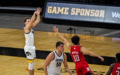 Jordan Bohannon ties career-high with eight 3-pointers in No. 5 Iowa's blowout victory over Nebraska