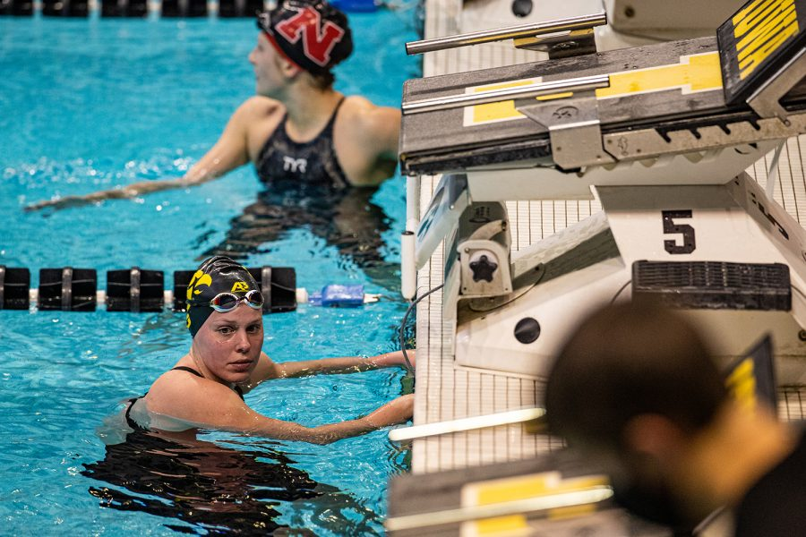 Iowa%27s+Alyssa+Graves+completes+the+women%27s+1000m+freestyle+during+a+swim+meet+at+the+Campus+Recreation+and+Wellness+Center+on+Saturday%2C+Jan.+16%2C+2021.+The+women%27s+team+hosted+Nebraska+while+the+men%27s+team+had+an+intrasquad+scrimmage.+%28Shivansh+Ahuja%2FThe+Daily+Iowan%29