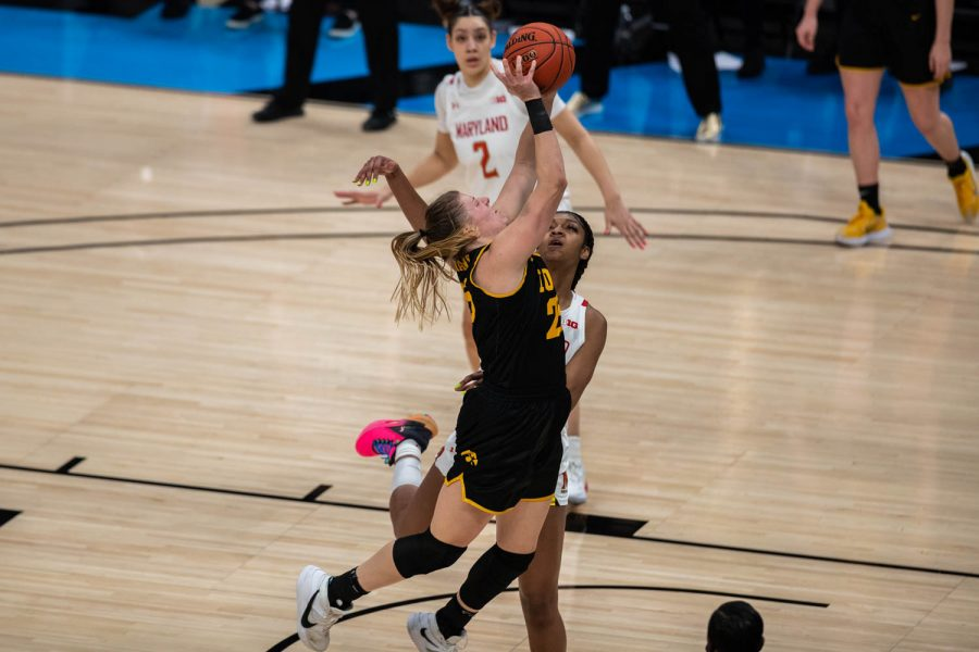 Iowa%E2%80%99s+Monkia+Czinano+%2825%29+takes+a+shot+during+the+first+half+of+the+championship+game+of+the+Big+Ten+women%E2%80%99s+basketball+tournament.+Iowa%2C+ranked+No.+6%2C+took+on+No.+1+seeded+Maryland+in+Indianapolis+at+the+Bankers+Life+Fieldhouse+Saturday+afternoon.++%28Kate+Heston%2FThe+Daily+Iowan%29