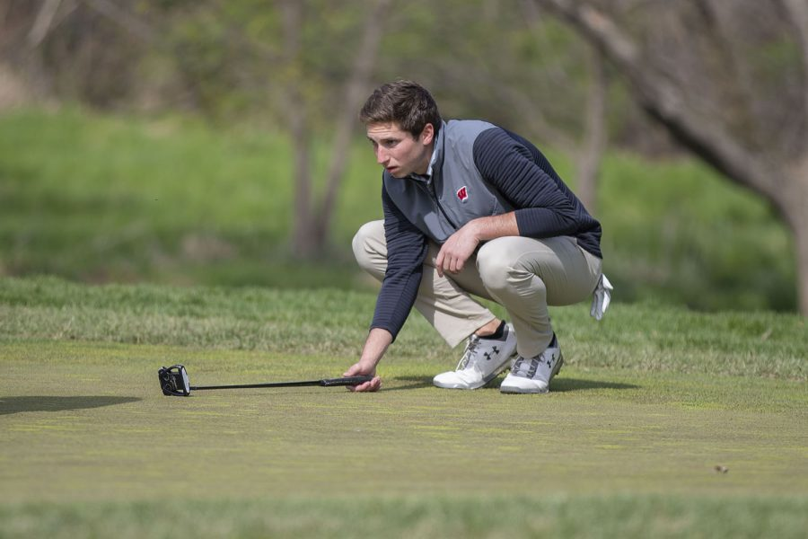 Wisconsin's Robbie Morway lines up a shot during the men's golf Hawkeye Invitational on Saturday, April 17, 2021 at Finkbine Golf Course.