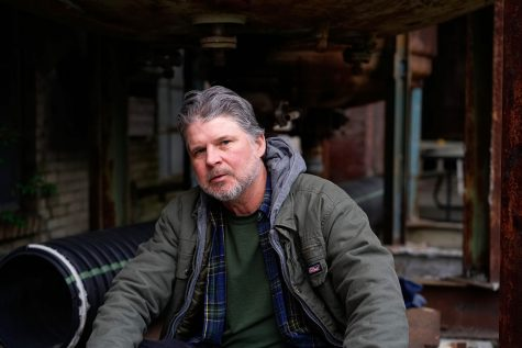 Chris Knight to bring storytelling songs to live audience