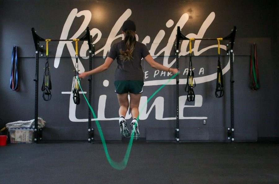 Jumping Rope Workouts: Should You Try It To Lose Weight?