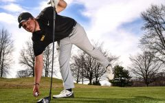 Iowa men's golf to host home tournament, women's golf travels to Indiana
