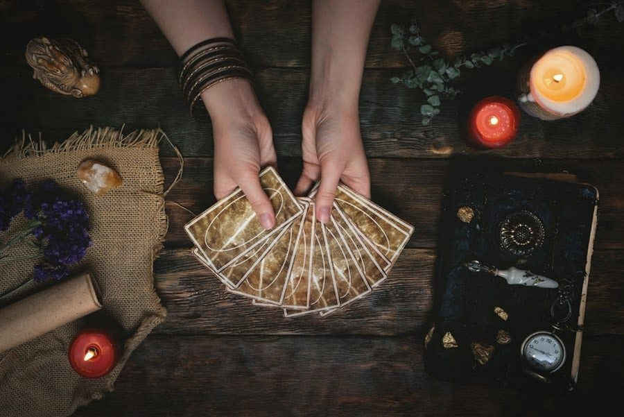 Best+Online+Tarot+Card+Reading+Sites+for+Free+And+Accurate+Tarot+Readers