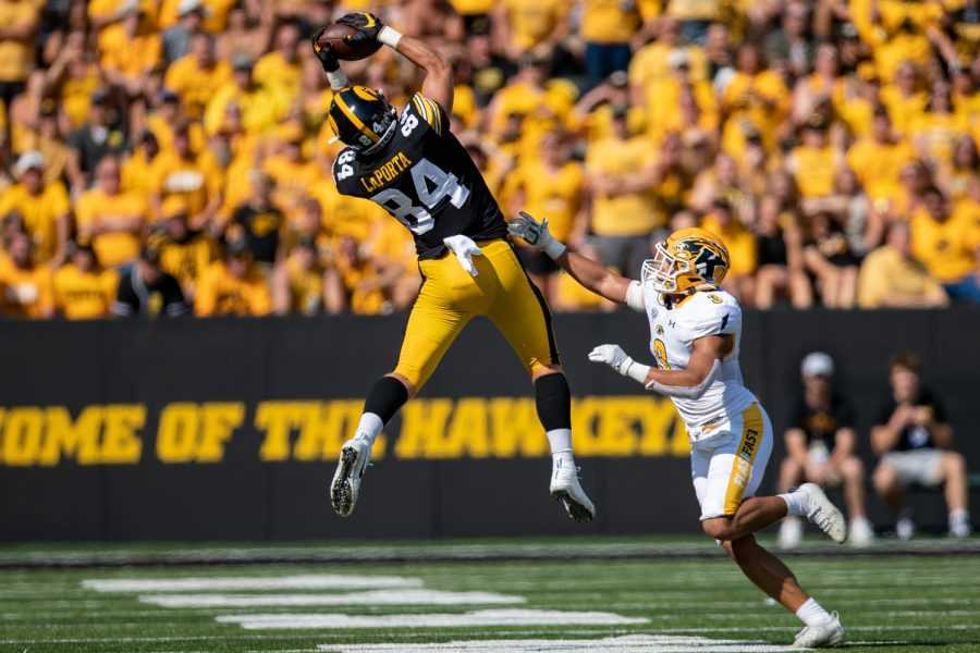 Iowa tight end Sam LaPorta catches a pass during a football game between Iowa and Kent State at Kinnick Stadium on Saturday, Sept. 18, 2021. LaPorta caught seven passes for 65 yards and one touchdown.