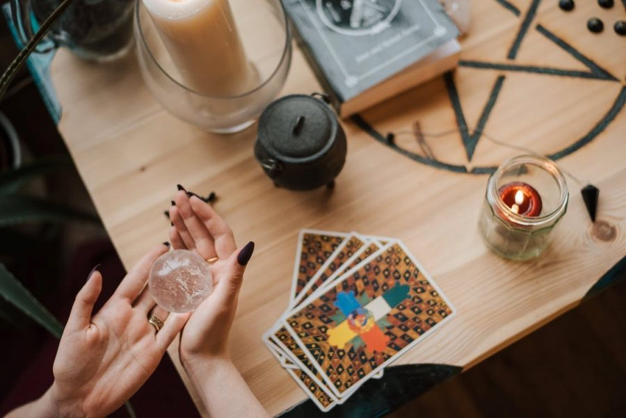 Phone Psychics, Best Psychic Phone Readings Services for a Free Consultation
