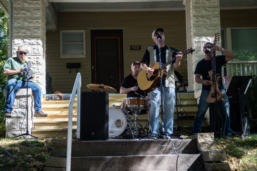 The+Negotiators+perform+during+the+Sixth+Annual+Longfellow+Front+Porch+Music+Festival+in+Iowa+City+on+Saturday%2C+Sept.+25%2C+2021.+The+event+took+place+Saturday+afternoon+with+acts+performing+at+various+house+fronts+and+times.+