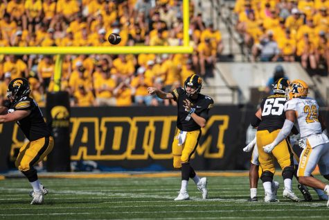 On the Line: Daily Iowan football staff picks Week 4 games
