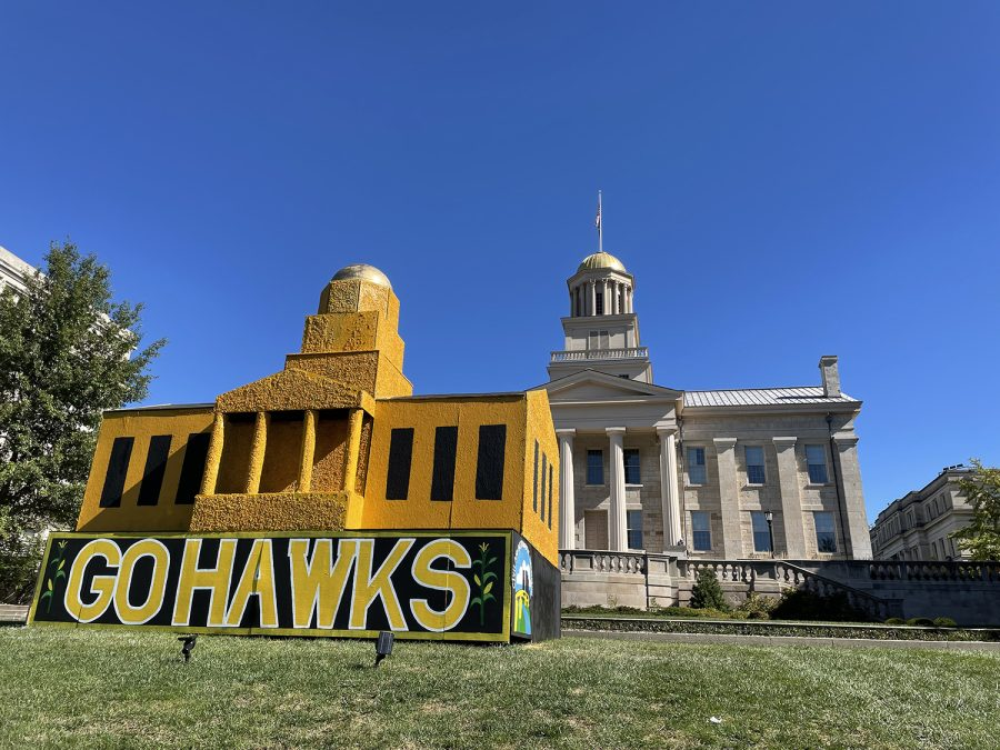 The Corn Monument is seen on the Pentacrest at the University of Iowa on Thursday, Oct. 14, 2021. (Grace Smith/The Daily Iowan)