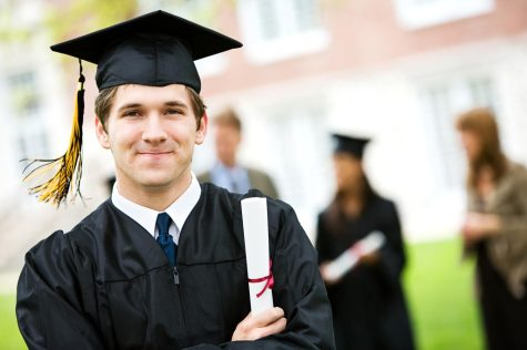 What Are the Advantages to Being In Honor Societies?