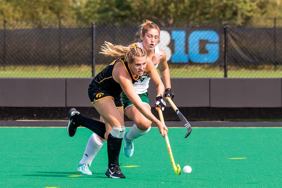 Holley, Iowa field hockey in pursuit of history